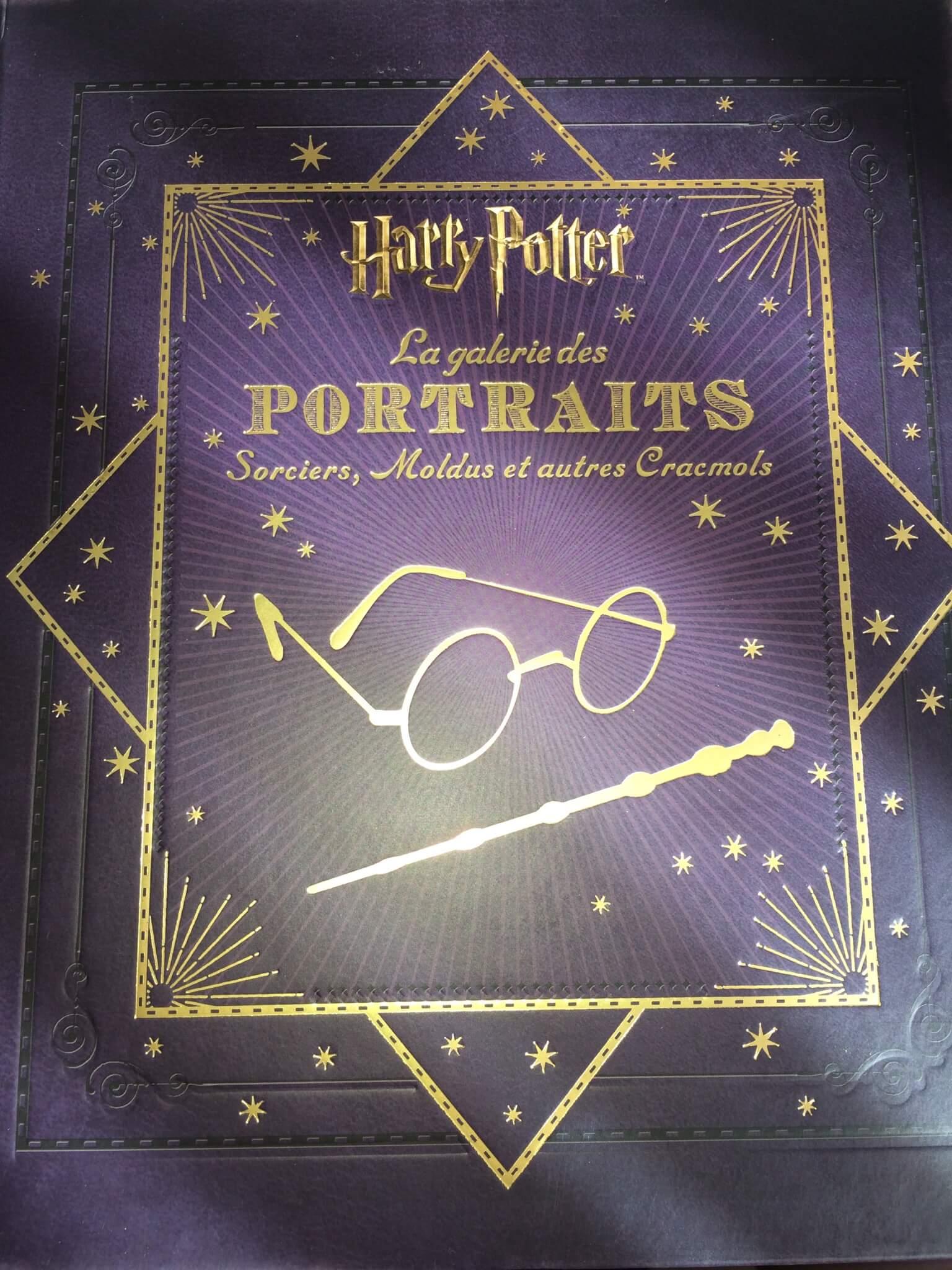 """Photos du livre """"Harry Potter : la galerie des portraits"""